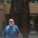 David I in front of the Nelson Mandela statue
